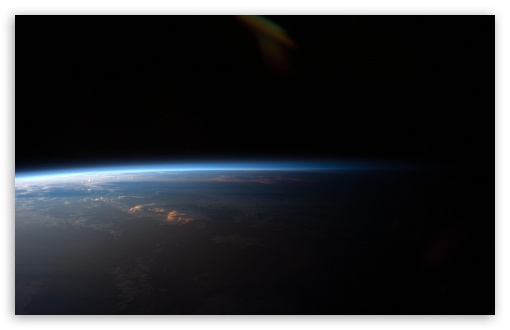 earth__day_and_night_from_space-t2.jpg